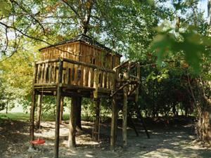 Casas de madera sobre arboles - Casas de madera en arboles ...